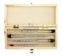 Набор из трёх спиртометров и термометра в деревянном кейсе